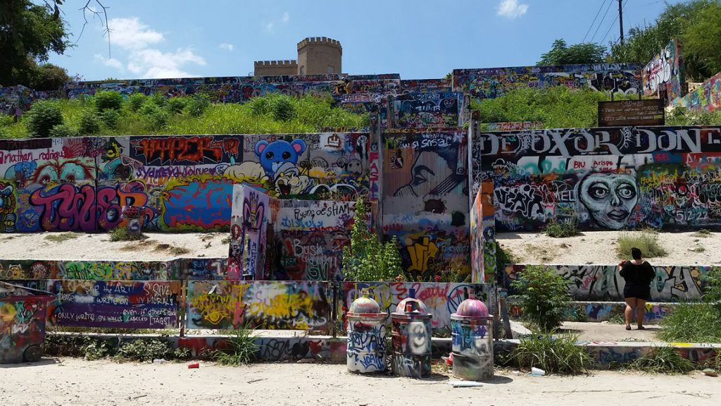 Texas Graffiti Park: An abandoned building becomes a tourist site