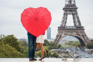 Why Paris Is The World's Most Romantic City – The City Of Love!